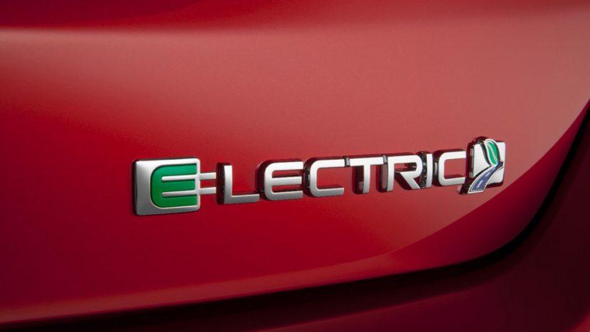 Ford electric - stații de curent