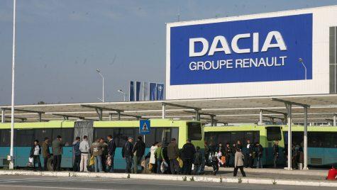 Uzina Dacia a produs aproape 281.000 de vehicule în primele 10 luni