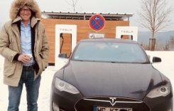 Fostul CEO al Opel, fan mașini verzi, și-a cumpărat o Tesla și un BMW i3