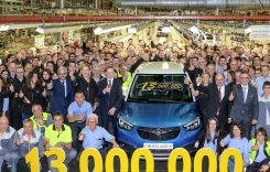 13 cu noroc. 13 milioane de mașini construite la uzina Opel din Zaragoza