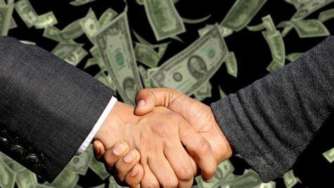 Topul tranzacţiilor din industria auto