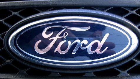 "Ford, acuzat de ""trădare"". Închide uzina de la Blanquefort"