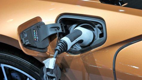 Autolaunch şi BEV înfiinţează societăţi mixte în domeniul mobilităţii electrice
