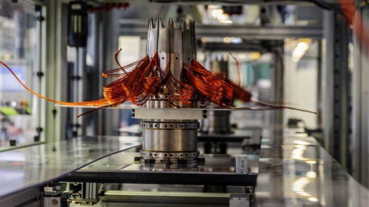 Bosch preia integral controlul asupra EM-motive