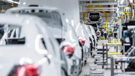 Daimler va fabrica 4 modele Mercedes-Benz în noua uzină din Rusia
