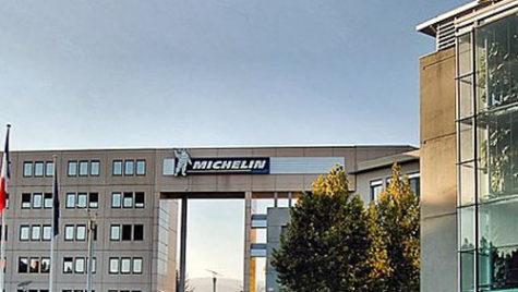 Michelin România va angaja 400 de specialişti şi operatori