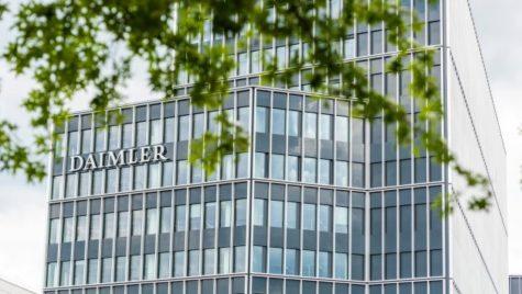 Folosirea de către Daimler a unui gaz interzis rămâne în atenţia CE