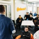 80 de elevi au început şcoala în clasele Continental de la Sibiu