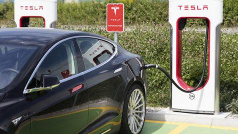 Tesla, cea mai valoroasă companie auto americană