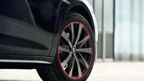 PSA şi Fiat Chrysler nu renunţă la niciun brand auto